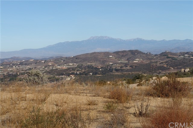 41259 Corte Fuentes Murrieta, CA 92562 - MLS #: SW18019890