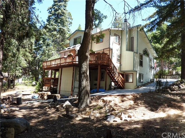 Single Family Home for Sale at 6326 Sugar Pines Circle Angelus Oaks, California 92305 United States