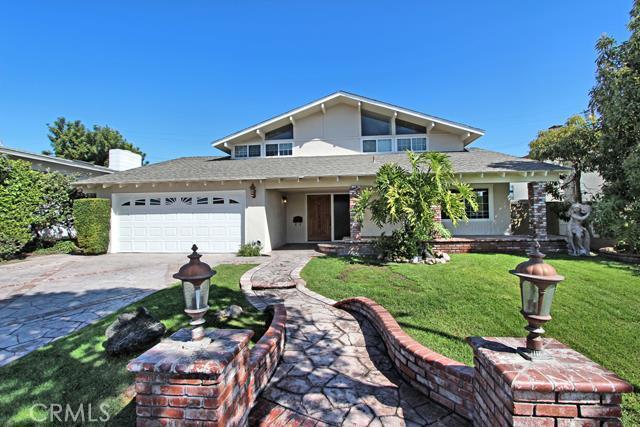 6071 Palo Alto Dr, Huntington Beach, CA 92647