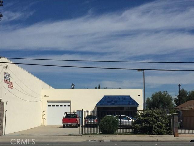 Casa Unifamiliar por un Venta en 10347 Artesia Boulevard Bellflower, California 90706 Estados Unidos