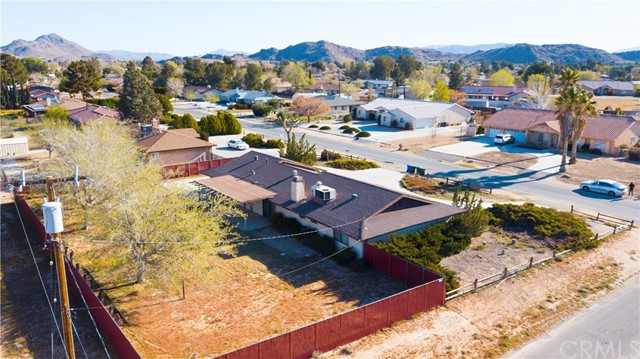 14278 Tawya Road, Apple Valley CA: http://media.crmls.org/medias/66c9d782-7683-4872-a1a3-b44a83f65705.jpg