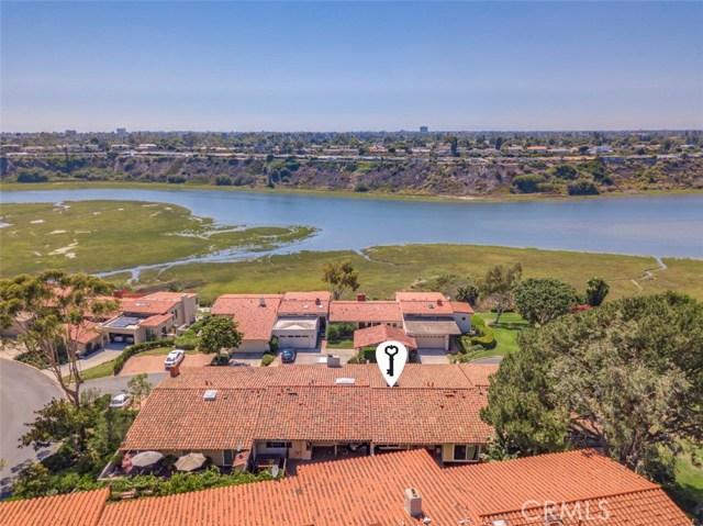 2024 Avenida Chico, Newport Beach CA: http://media.crmls.org/medias/66d1309f-df28-4454-a617-46466321b892.jpg