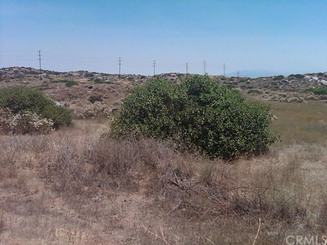 Additional photo for property listing at 41 Minton Road  Homeland, California 92548 United States