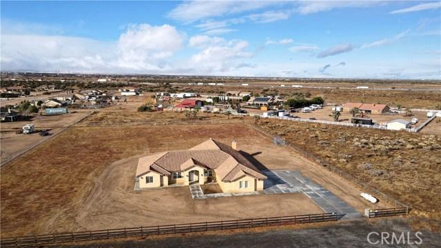 7748 Outpost Road Oak Hills CA 92344