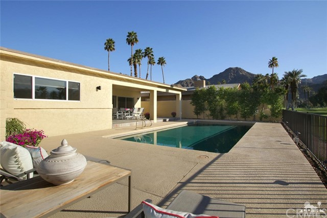 45337 Club Drive, Indian Wells CA: http://media.crmls.org/medias/66db723e-5655-4b81-ba28-c0e5d86085f8.jpg