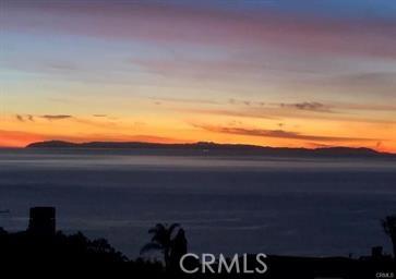 1040 La Mirada Street, Laguna Beach CA: http://media.crmls.org/medias/66f65616-8eca-4439-b103-d96115f4b0b6.jpg
