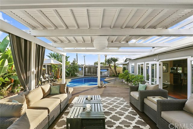Single Family Home for Sale at 2120 Westminster St Costa Mesa, California 92627 United States