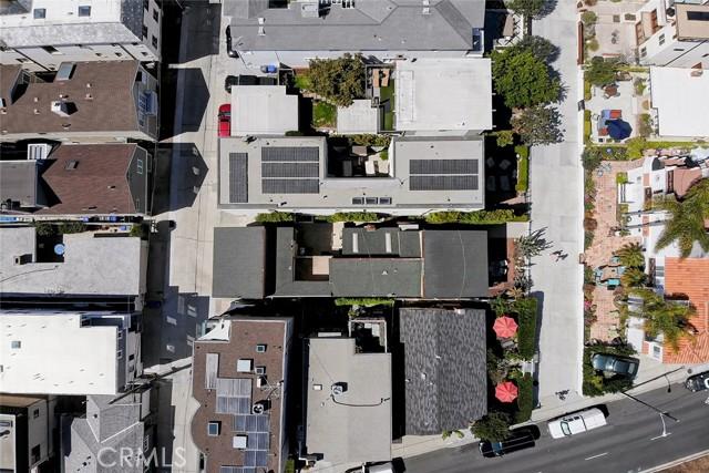 444 9th Street, Manhattan Beach CA: http://media.crmls.org/medias/67108ce9-6fdb-44d7-9f9b-3a98b4c4c201.jpg