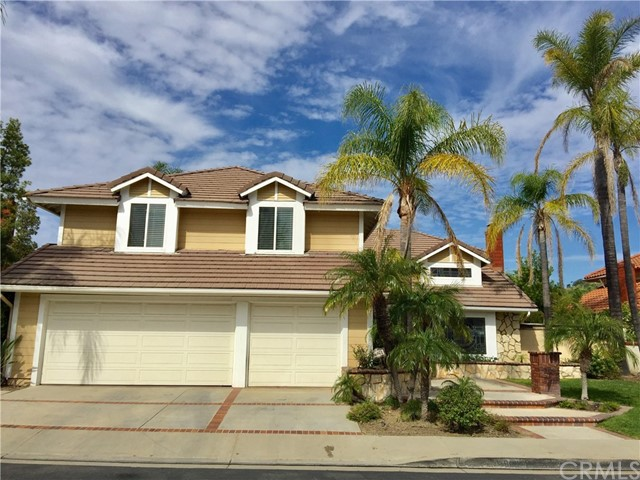 Single Family Home for Sale at 9961 Sunderland Street North Tustin, California 92705 United States