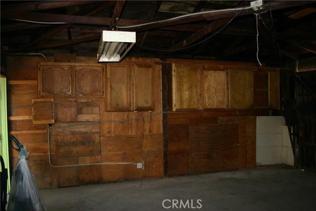 15808 Victoria Avenue, La Puente CA: http://media.crmls.org/medias/6718a9ac-23de-4919-a6e4-2a5b83e505ca.jpg