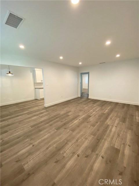 148 N Roberto Avenue, Los Angeles, California 91790, 2 Bedrooms Bedrooms, ,1 BathroomBathrooms,Apartment,For sale,Roberto,DW20244794