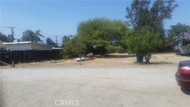 9791 Poplar Avenue, Fontana CA: http://media.crmls.org/medias/6724b593-9525-48f8-91ea-862fb1bfb932.jpg