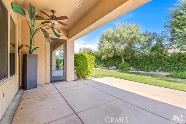 121 Brenna Lane, Palm Desert CA: http://media.crmls.org/medias/672bfe5b-488f-48e6-9047-4f42b1ace8a3.jpg