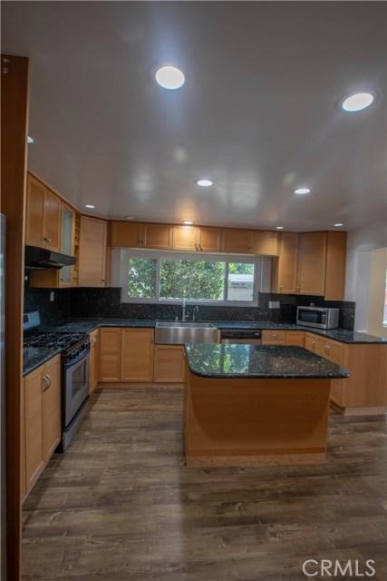 10230 Brookshire Avenue, Downey CA: http://media.crmls.org/medias/672cd41c-91fc-4e85-8d1d-6a45c7df63a4.jpg