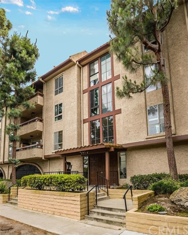 5718 Ravenspur Drive, Rancho Palos Verdes, California 90275, 2 Bedrooms Bedrooms, ,2 BathroomsBathrooms,Condominium,For Sale,Ravenspur,PV20105419