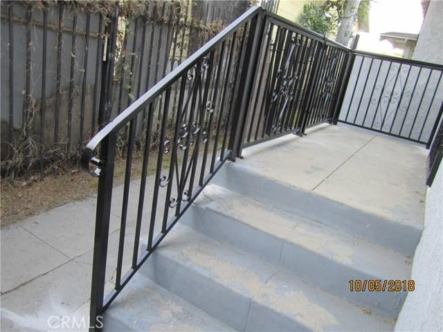 1844 West 38th Place, Los Angeles CA: http://media.crmls.org/medias/6744487f-b98c-41ef-8e37-76f79583ef77.jpg