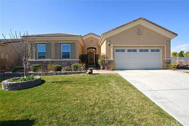 10988 Phoenix Road, Apple Valley, CA, 92308