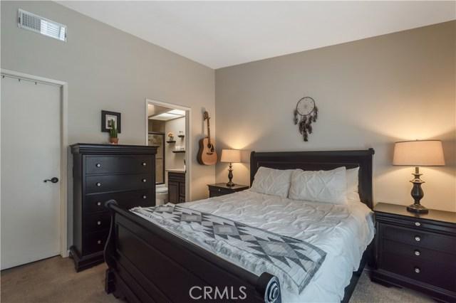 8288 Mondavi Place, Rancho Cucamonga CA: http://media.crmls.org/medias/675699e3-61da-4059-9872-38332184bdb4.jpg