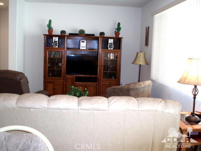 35225 Staccato Street, Palm Desert CA: http://media.crmls.org/medias/67578bf8-79ef-46de-9336-4dc13752d39b.jpg
