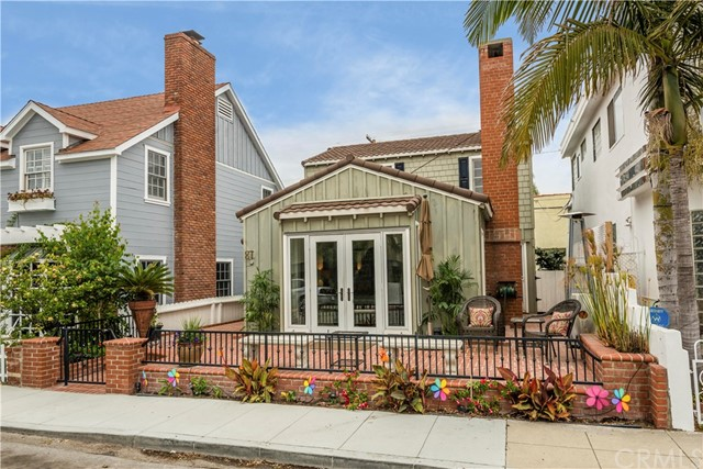 81 Corinthian Walk, Long Beach, CA, 90803