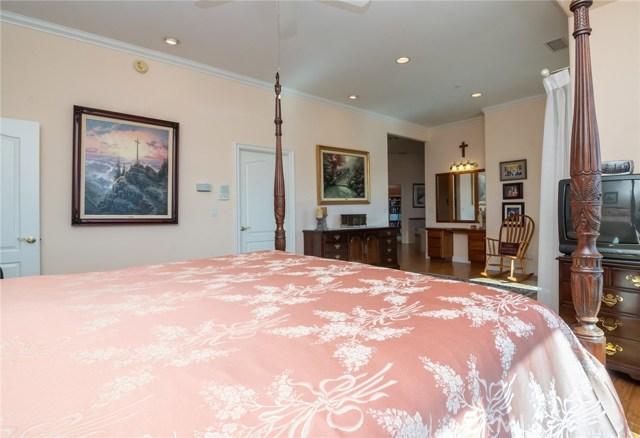 3335 Red Mountain Heights Drive, Fallbrook CA: http://media.crmls.org/medias/676f5db2-c87d-47b3-8b11-d3ec07439b72.jpg