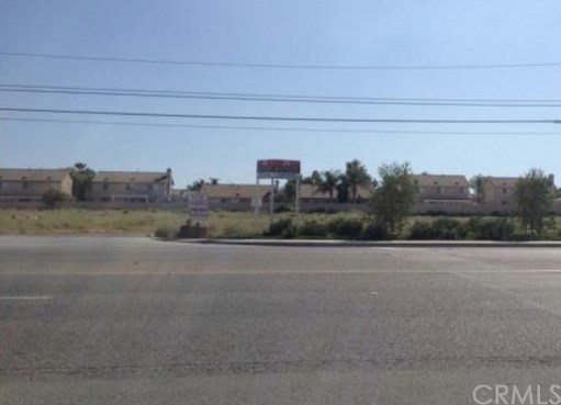 Single Family for Sale at 27097 Newport Rd Menifee, California 92584 United States
