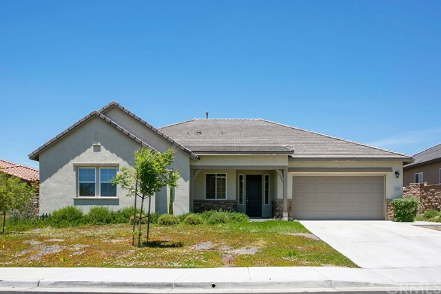 Photo of 32048 Goldeneye Drive, Winchester, CA 92596