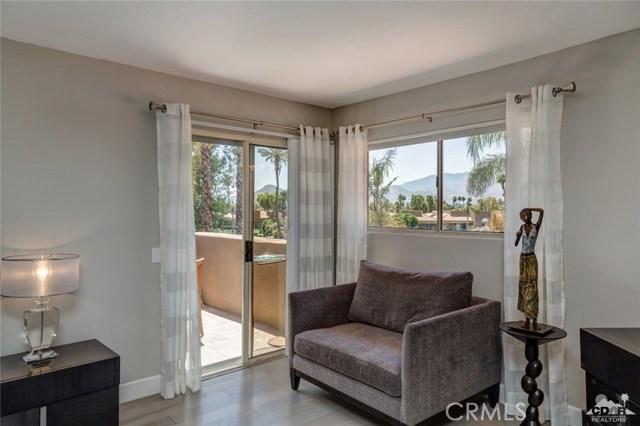 186 Desert Lakes Drive, Rancho Mirage CA: http://media.crmls.org/medias/677fbb88-ba50-43c1-8cea-51c66f7bc62a.jpg