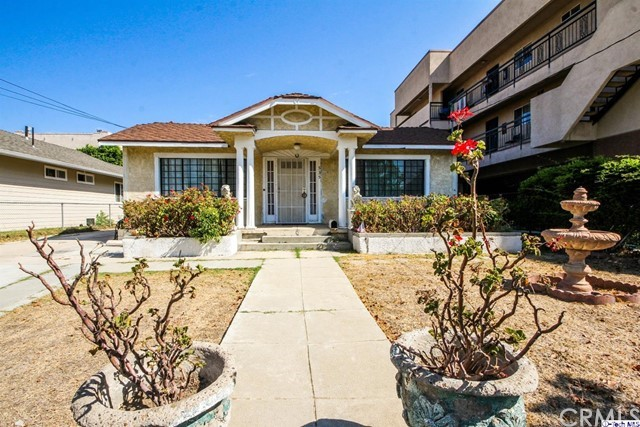 533 E Lomita Avenue Glendale, CA 91205 is listed for sale as MLS Listing 316008038