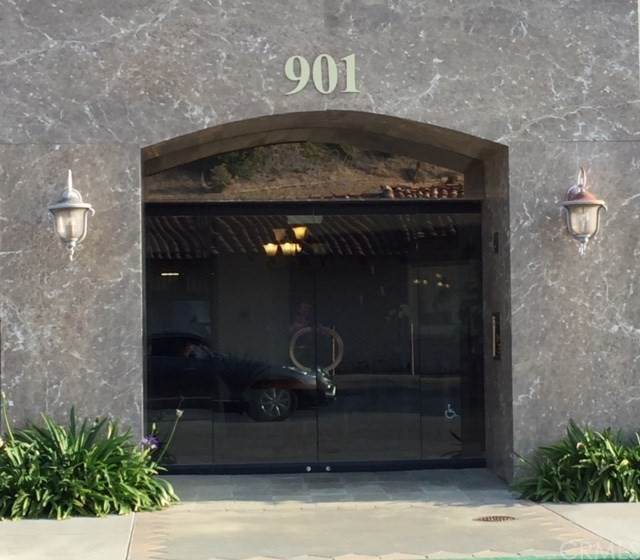 Photo of 901 Deep Valley Drive #309, Rolling Hills Estates, CA 90274