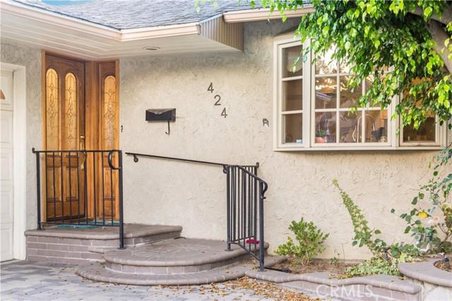 424 Orlena Avenue, Long Beach CA: http://media.crmls.org/medias/67ac90ea-0b1a-4c7a-b45b-89b77e83af08.jpg