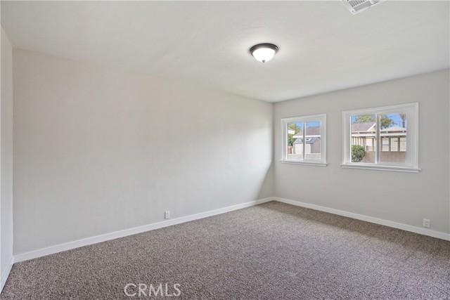 1086 W 10th Street, San Bernardino CA: http://media.crmls.org/medias/67b74e49-14d6-43a2-bb10-8fb85d83f2fe.jpg