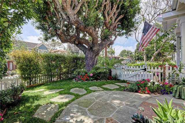 1600 Elm Ave, Manhattan Beach, CA 90266 photo 5