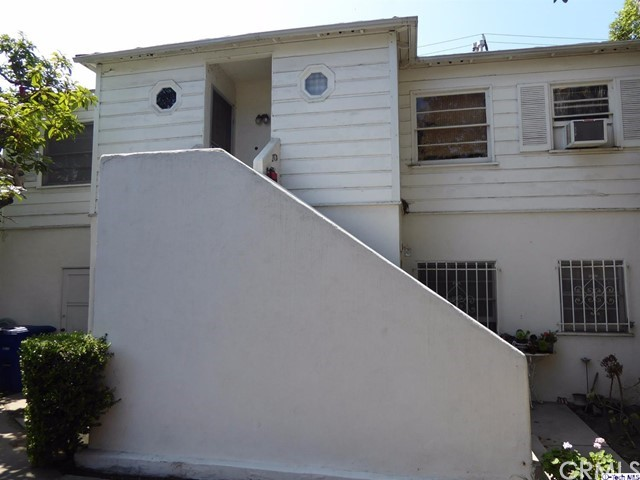 Residential Income for Sale at 2718 Broadway 2718 Broadway Santa Monica, California 90404 United States