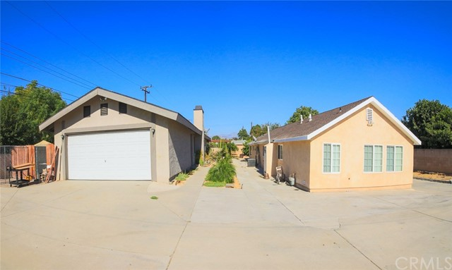 Single Family Home for Sale at 3537 Vineland Avenue Baldwin Park, California 91706 United States
