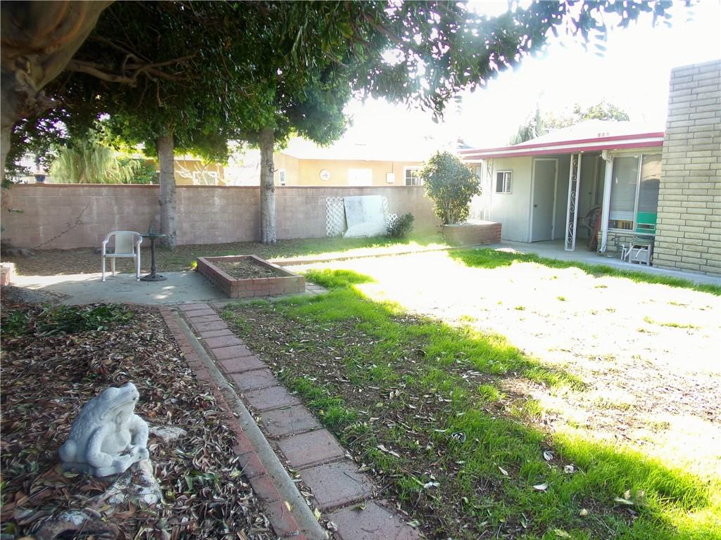 1514 N Studebaker Rd, Long Beach, CA 90815 Photo 17