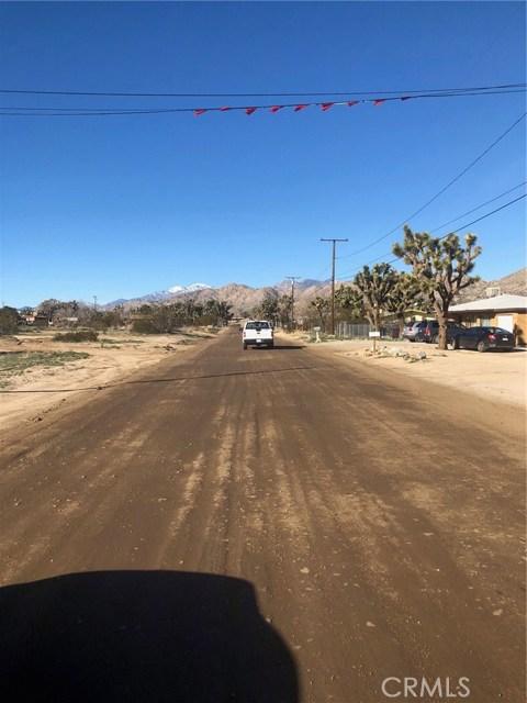 0 Antelope, Yucca Valley CA: http://media.crmls.org/medias/67eb4c33-96d7-49b4-b859-3c9b707c33e3.jpg