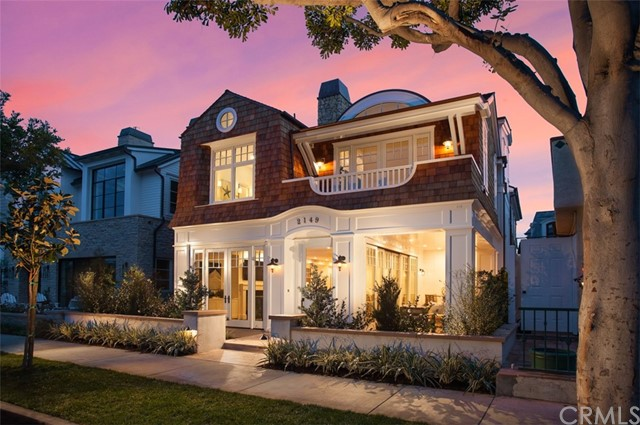 Single Family Home for Sale at 2149 Ocean Boulevard E Newport Beach, California 92661 United States