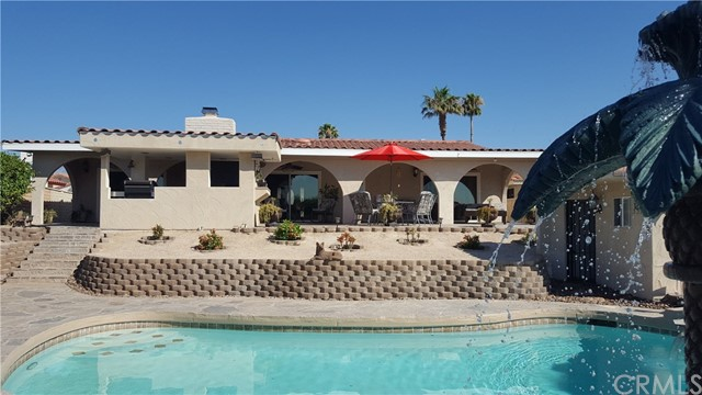 8471 Warwick Drive, Desert Hot Springs CA: http://media.crmls.org/medias/67fcf3b7-546a-4357-8cd8-1cb4c7a11db3.jpg