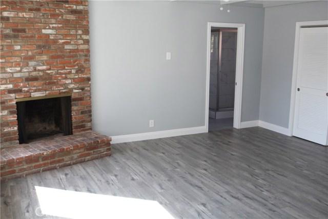 813 W Hughes Avenue, Montebello CA: http://media.crmls.org/medias/6807ab1e-6889-4346-b34a-b5cee497d7a4.jpg