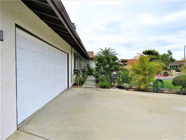 1124 W La Entrada Cr, Anaheim, CA 92801 Photo 5