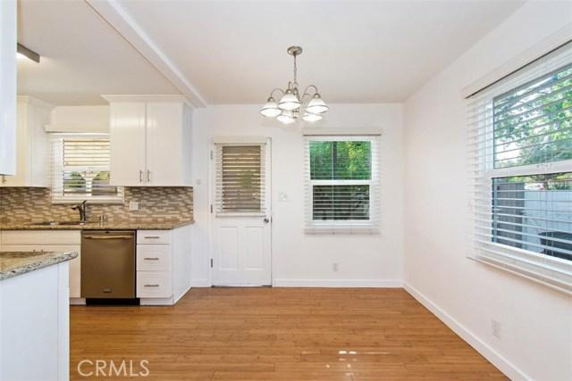 23100 Strathern Street, West Hills CA: http://media.crmls.org/medias/680f5edd-474a-463b-8474-94aebaca342c.jpg