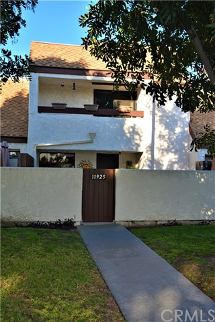 Photo of 11925 Heritage Circle, Downey, CA 90241