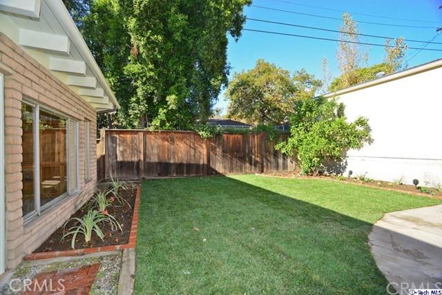 3445 LAS PALMAS Avenue, Glendale CA: http://media.crmls.org/medias/6821483a-189f-41d8-a7c4-7407582348d4.jpg