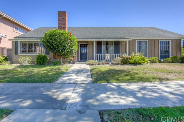 Single Family Home for Sale at 3292 Rossmoor Los Alamitos, California 90720 United States