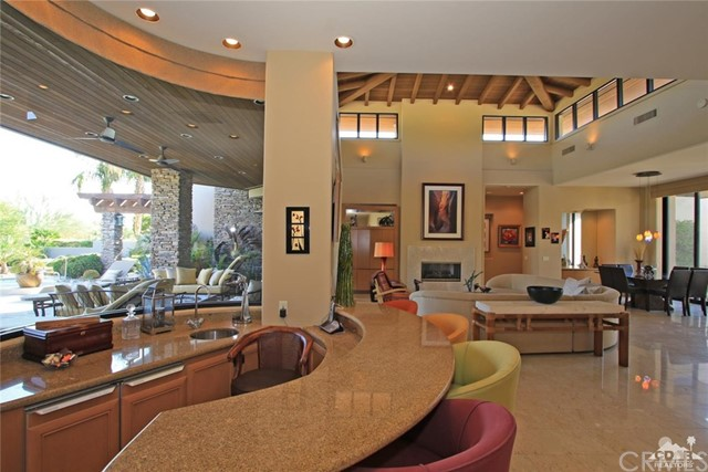 428 Morning Dove, Palm Desert CA: http://media.crmls.org/medias/68263204-a3bd-4f87-bb1d-ed4255fc87d9.jpg