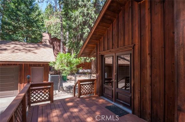 15555 Nopel Avenue, Forest Ranch CA: http://media.crmls.org/medias/682d7185-c232-4ac3-9f07-5594001c9320.jpg