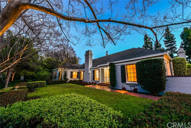 Single Family Home for Sale at 888 Hillcrest Place Pasadena, California 91106 United States