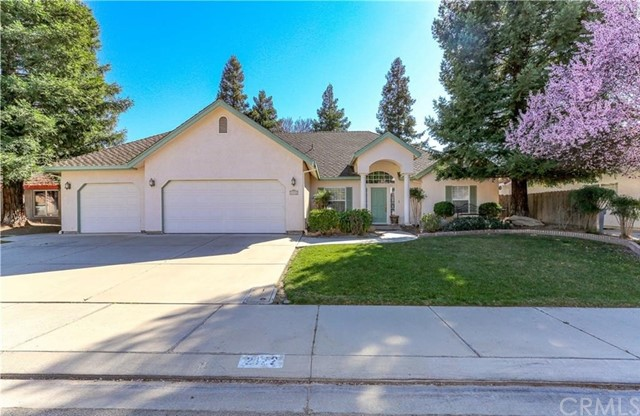 Detail Gallery Image 1 of 1 For 2122 Legends Ct, Merced,  CA 95340 - 3 Beds | 2/1 Baths