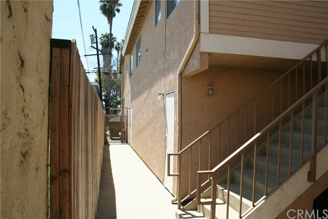 40 E Market St, Long Beach, CA 90805 Photo 9